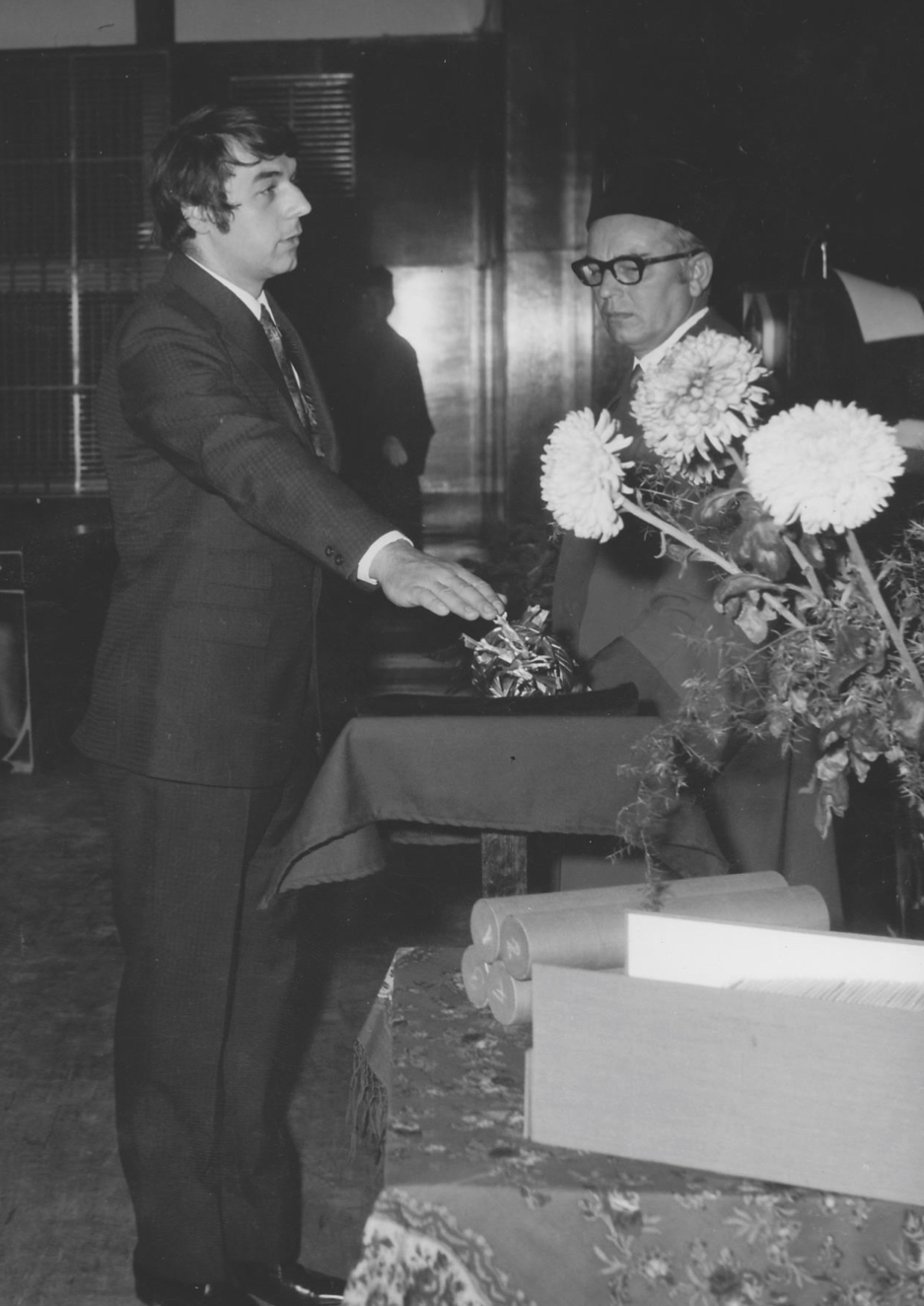 Pavel Jajtner swearing an oath as an electrical engineer graduate, Brno, October 1972