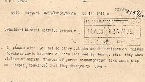 Prosím, abyste nevykonali trest smrti u Milady Horákové, Záviše Kalandry, Oldřicha Pecla a Jana Buchala. Byli oběťmi nacismu, vězni německých koncentračních táborů. Jsem hluboce přesvědčen, že si zasluhují žít, napsal Albert Einstein 14. 6. 1950  telegramu Klementu Gottwaldovi.