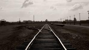 Koleje vedoucí do koncentračního tábora Auschwitz.