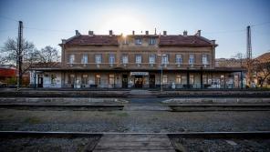 Nádraží Praha-Bubny 75 let po příjezdu Avraloma Harshaloma.