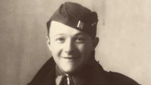 František Schnurmacher jako důstojník Československé armády při mobilizaci v září 1938. Zdroj: Paměť národa