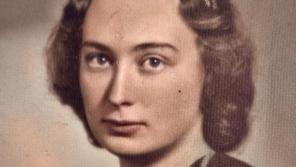 Jarmila Weinbergerová v roce 1941, kdy byla vyloučena z gymnázia. Zdroj: Paměť národa