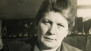 Švagrová Jana Masaryka Míla Masaryková-Slavíčková rázně odmítala závěr vyšetřování StB, které konstatovalo sebevraždu ministra zahraničí.