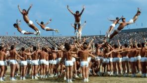 Vystoupení vojáků Československé lidové armády jako finále Československé spartakiády na konci června 1985. Foto: ČTK