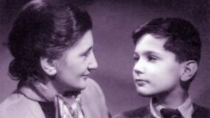 Malý Jan s maminkou Hanou. Foto: Eva Clarke