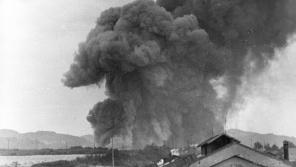 Výbuch muničního skladu v Krásném Březně, vzdáleného asi tři kilometry severovýchodně od centra města na levém břehu řeky Labe. Foto: Archiv města Ústí nad Labem