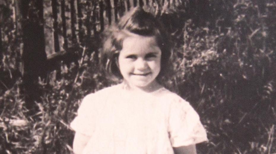 Marie Andělová v dětství. Datum i místo jejího narození zůstává tajemstvím.