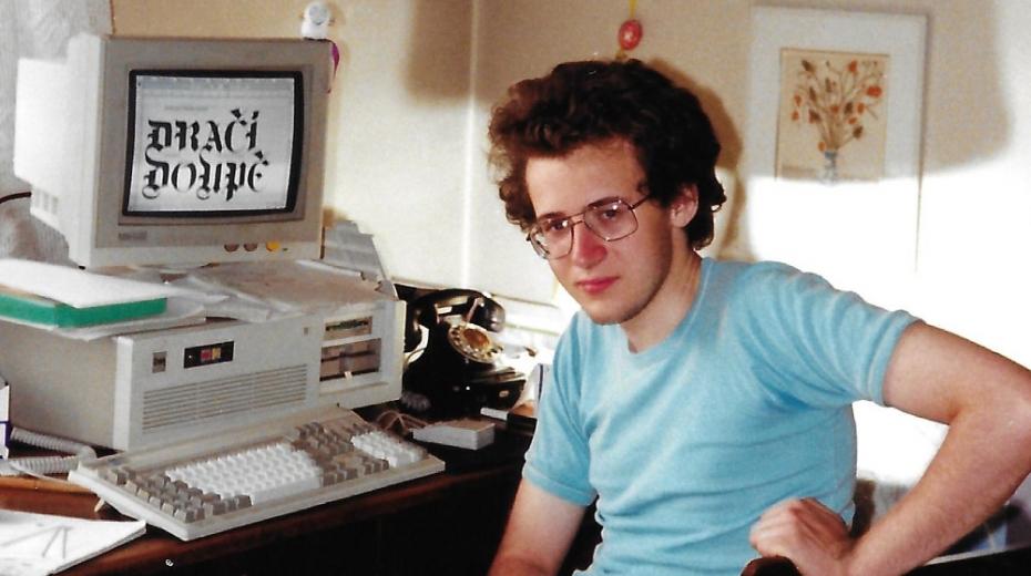 Martin Klíma v dračím doupěti v roce 1992. Foto: Paměť národa