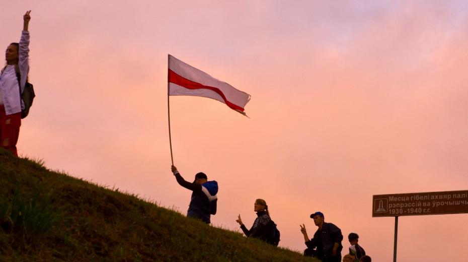Bělorusové protestující proti výsledku prezidenteských voleb v srpnu 2020. Foto: Dmitrij Drozd