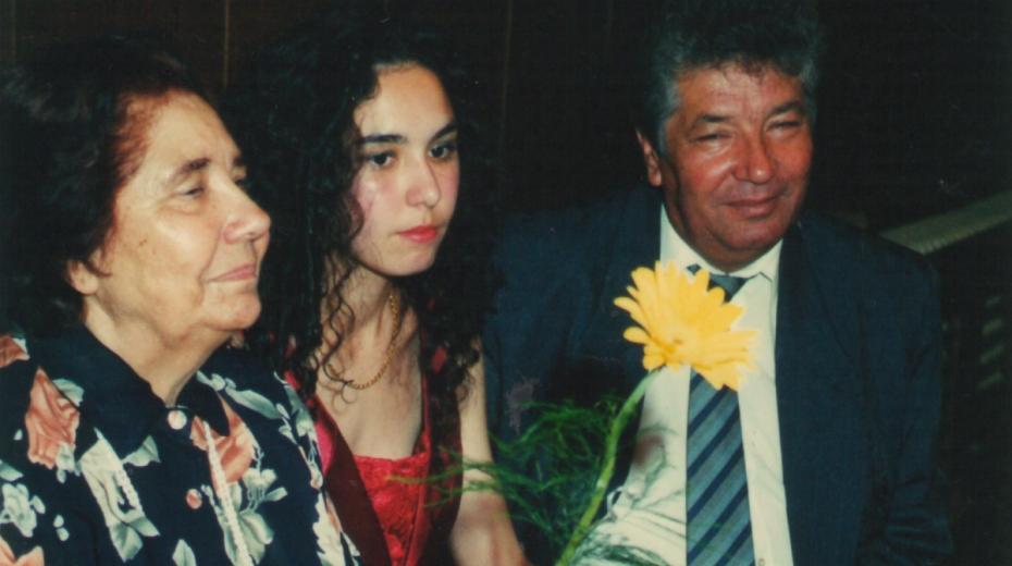Spisovatelka Elena Lacková se svým synem Milanem a vnučkou. Foto: Paměť národa