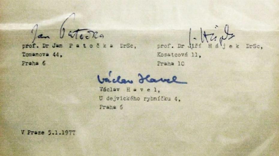 Podpisy prvních mluvčích Charty 77 Václava Havla, Jana Patočky a Jiřího Hájka. Zdroj: Libri Prohibiti