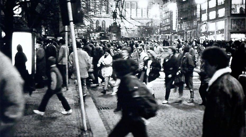 Zásah proti demonstrantům 16. ledna 1989.