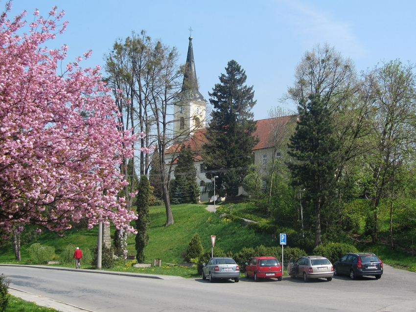 Zubří, okres Vsetín, kostel svaté Kateřiny. Zdroj: Wikipedia, CC BY 3.0