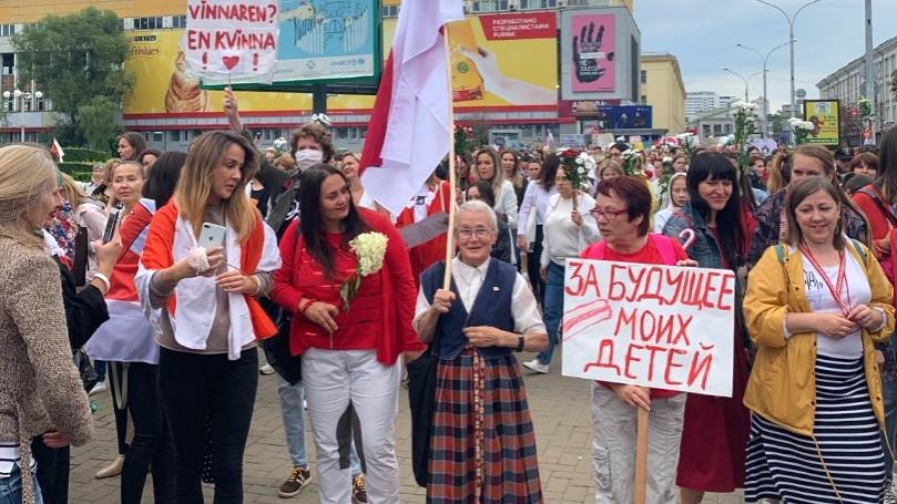 Důchodkyni Ninu Bahinskou zná celé Bělorusko. Zdroj: Nina Bahinskaja