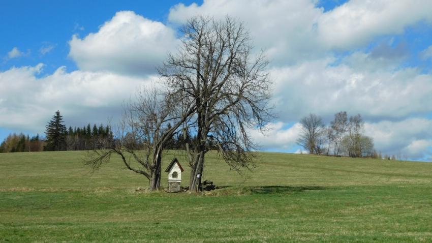 Místo, kde stával hostinec, dnes. Foto: Vít Lucuk