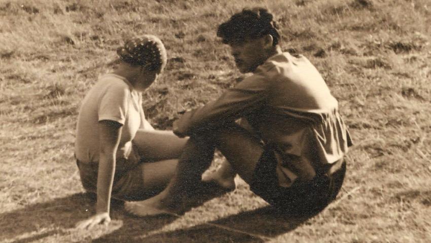 Anna s Lorisem na letním táboře v roce 1938. Foto: Paměť národa