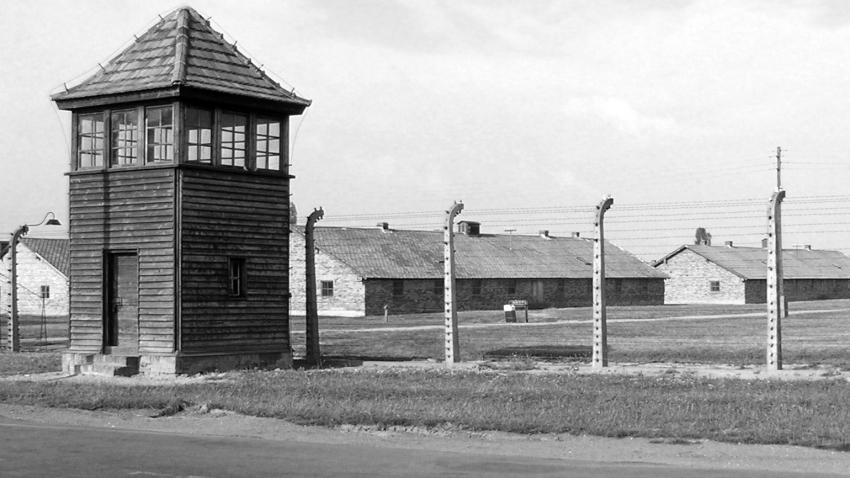 Baráky v táboře Auschwitz II - Birkenau. Foto: Wikimedia Commons, CC BY 3.0