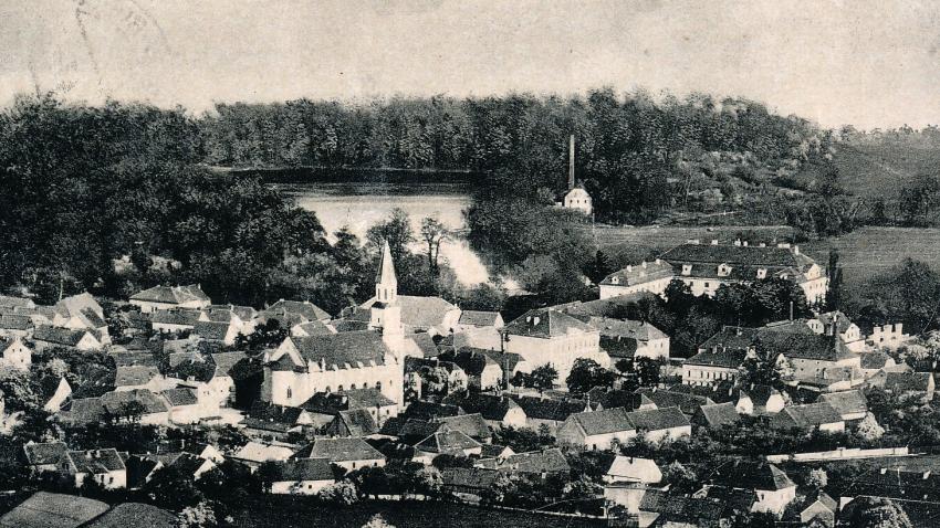 Chlumec před rokem 1945. Zdroj: Archiv pamětnice