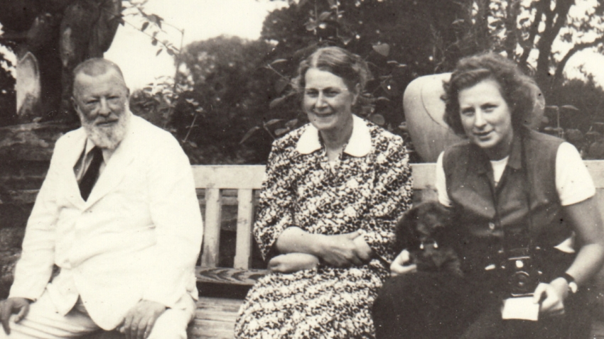 Maminka Josefa se svými rodiči – Erichem Thurn-Taxisem a Gabrielou Kinskou Thurn-Taxis, v jejichž domě v Lysé nad Labem našla rodina útočiště.