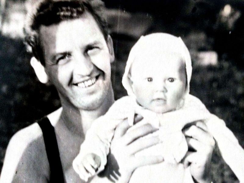 Dalibor Norský s dcerou, rok 1963. Zdroj: Paměť národa