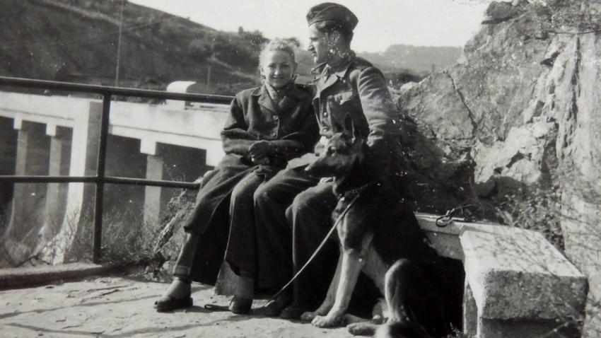 Františka a Otto v době, kdy sloužil Otto u PTP. Foto: Paměť národa