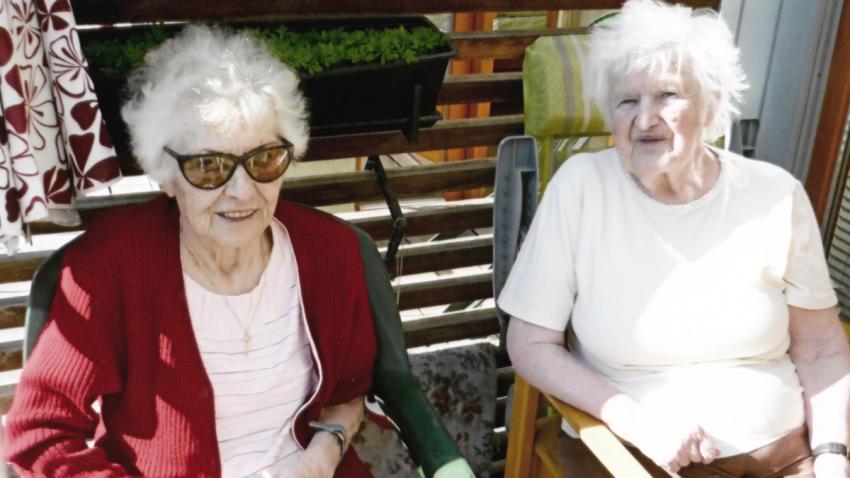 Sestry Brigita (vlevo) a Dora.