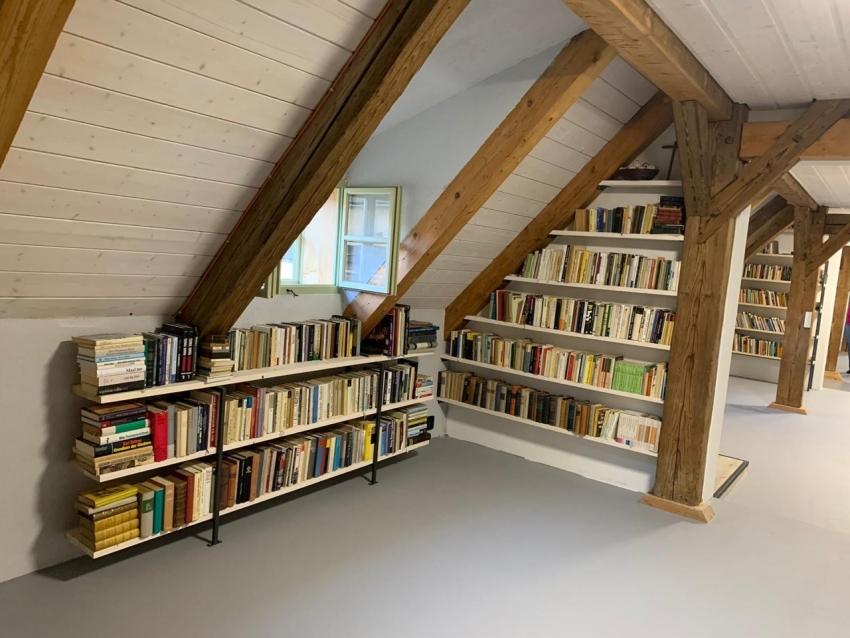 Knihovna Renée Goldové na statku v Dolní Oldřiši. Zdroj: archiv Noemi Zárubové