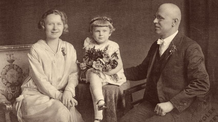 Hana s rodiči. Foto: Paměť národa