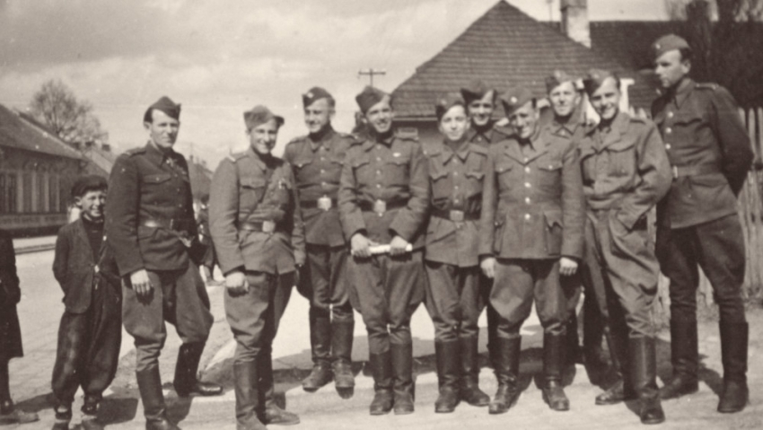 Českoslovenští vojáci v Buzuluku. Foto: Paměť národa/archív Sigmunda Hladíka