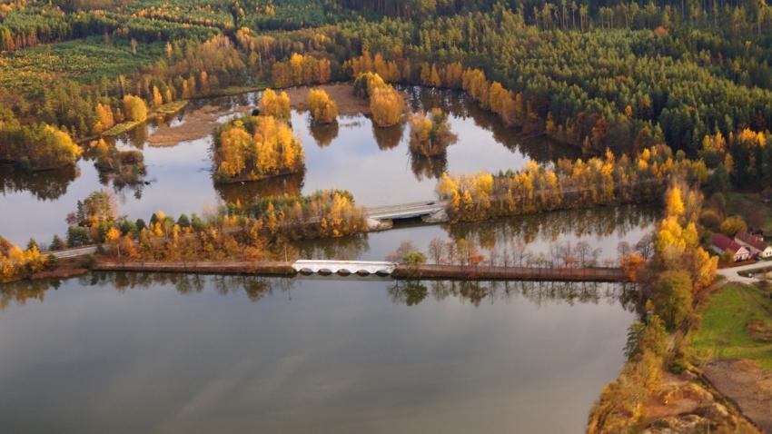 Záplavový most spojoval Starou a Novou Hlínu. Foto: Wikimedia Commons