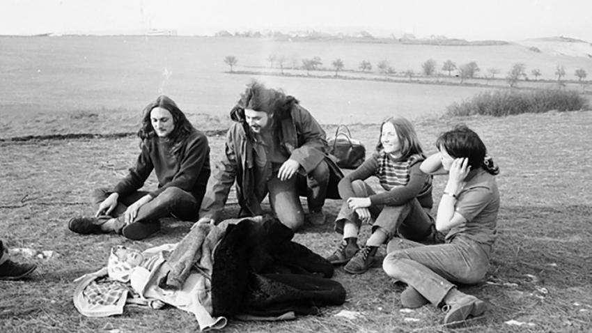 Pavel Zajíček (první zleva) na happeningu Keep Together na jaře 1973. Foto: Ivo Pospíšil