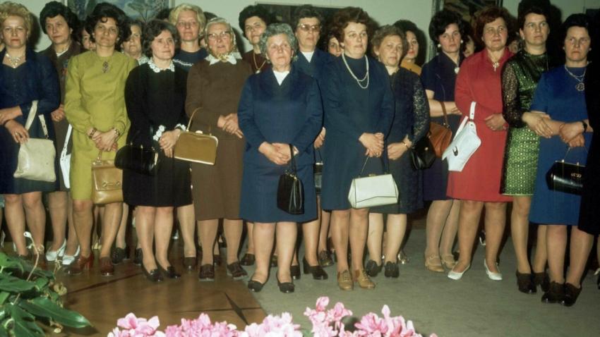 Přijetí delegace žen u příležitosti MDŽ na Pražském hradě 7. března 1975. Foto: ČTK/Kruliš Jiří