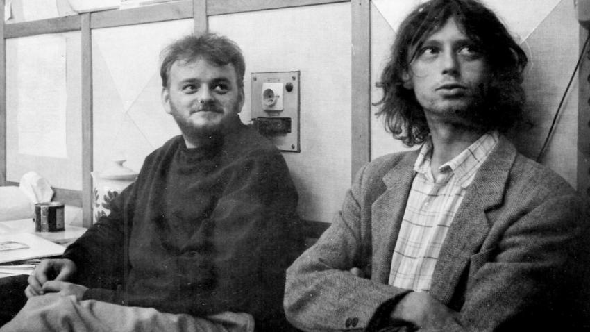 Ivo Mludek (vpravo) a Marek Stoniš v redakci deníku Region v roce 1991