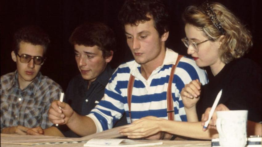 Monika Pajerová na tiskové konferenci v divadle DISK, Šimon Pánek druhý zleva.
