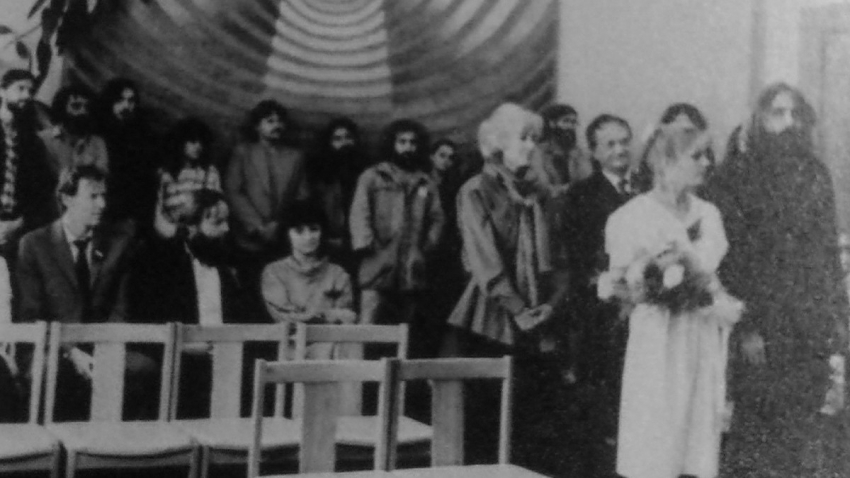 Olga Havlová na svatbě Stanislava Pitaše.