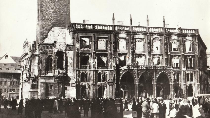 Staroměstské náměstí při Pražském povstání. Foto Václav Jiterský