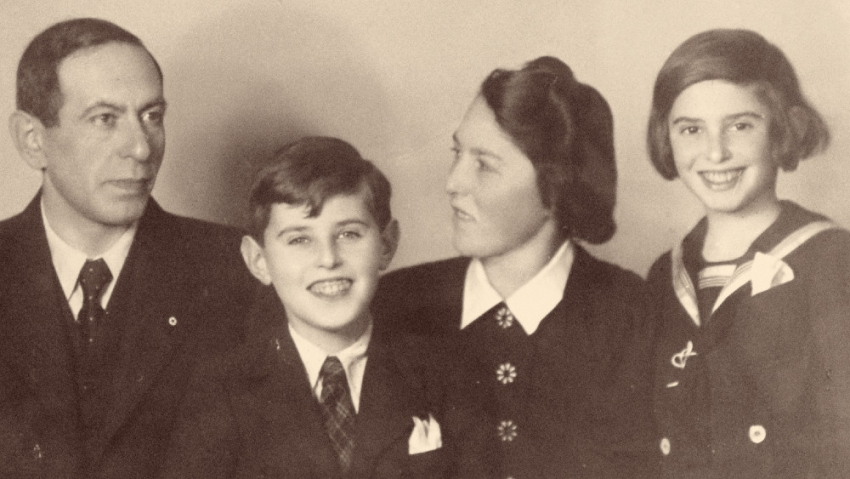 Rodina Ginzova v roce 1939: Oto, Petr, Marie a Eva. Zdroj: Paměť národa