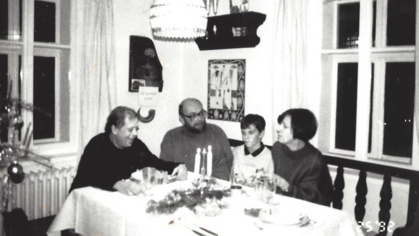 Maněnovi s Václavem Havlem na Hrádečku v roce 1992. Zdroj: archív Vlasty Maněnové