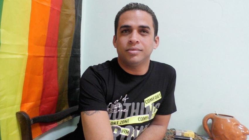 Třicetiletý kubánský nezávislý novinář Héctor Luis Valdéz Cocho je Evropským parlamentem považován za jednoho z pěti nejvlivnějších nezávislých novinářů na Kubě. Foto: Paměť národa