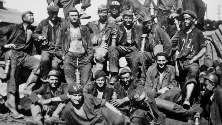 Černí baroni, kteří pracovali v dolech na Ostravsku. Foto: Paměť národa