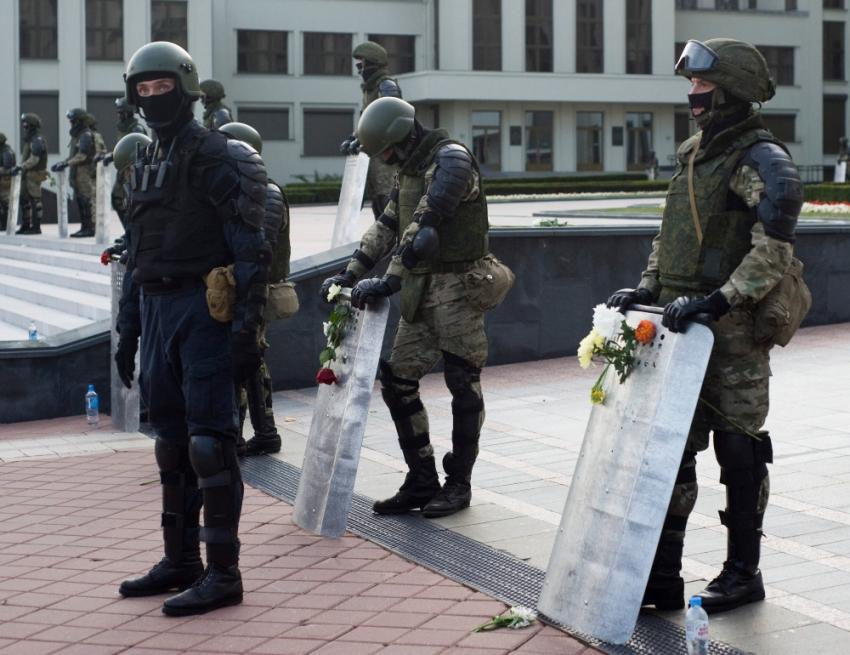 Tisíce demonstrantů byly zbity, přičemž několik lidí v souvislosti s protesty a zákroky policie zemřelo. Foto: Dmitrij Drozd