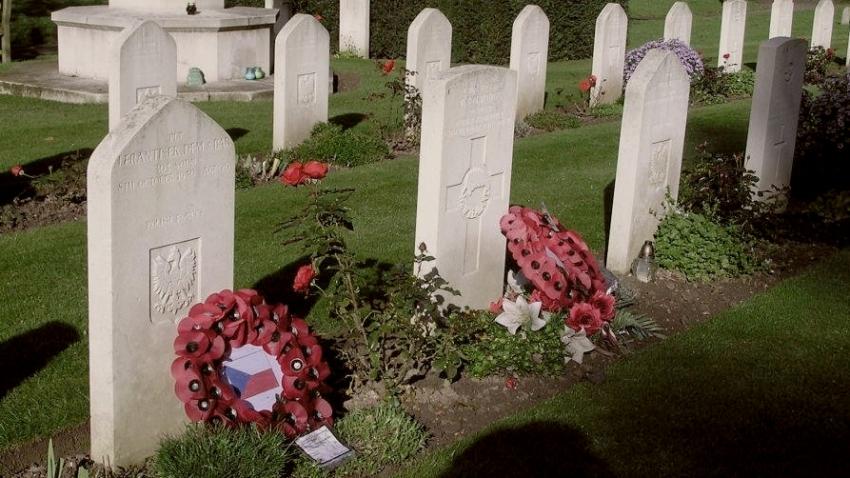 Hrob Františka Josefa na hřbitově polského letectva v Northwoodu u Londýna. Foto: Ministerstvo obrany ČR, Centrální evidence válečných hrobů