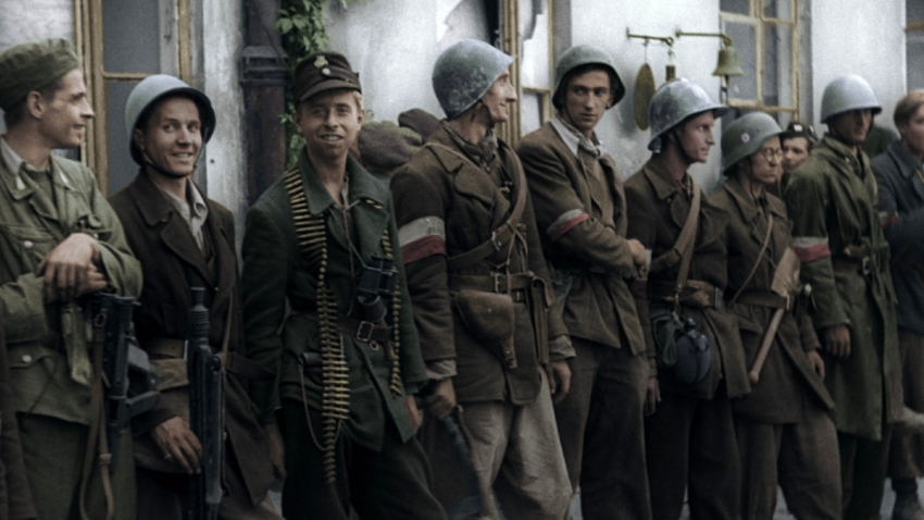 Proti německým okupantům bylo připraveno bojovat až 50 tisíc povstalců. Foto: Muzeum Varšavského povstání/Polský institut v Praze