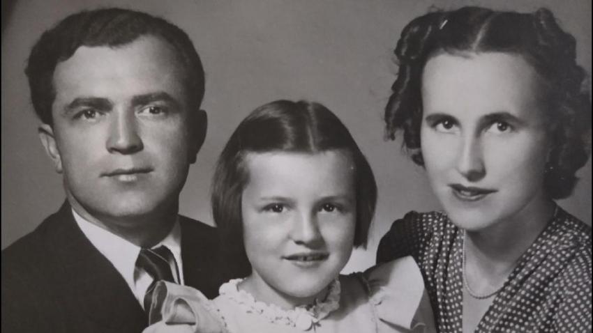 Bohumír Peklo po válce s manželkou Lucií a dcerou Annou. Zdroj: Marcela Jurasová