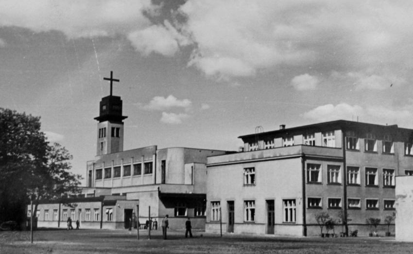 Středisko Salesiánů Dona Bosca v Ostravě vzniklo v roce 1934, kostel sv. Josefa byl dostavěn v roce 1937. FotoSalesiáni Dona Bosca