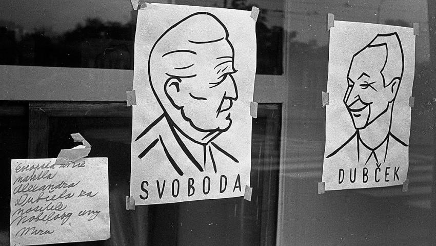 Lidé vkládali důvěru v tehdejšího prezidenta Ludvíka Svobodu a prvního tajemníka KSČ Alexandera Dubčeka, které Sověti odvezli do Moskvy. Zdroj: Pavel Macháček