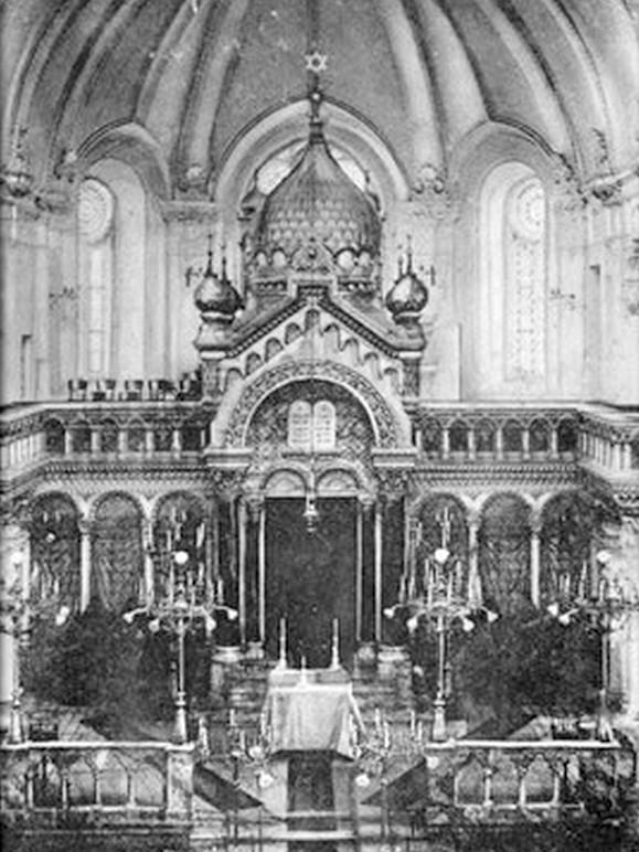 Interiér olomoucké synagogy – zdroj: Židovská obec Olomouc