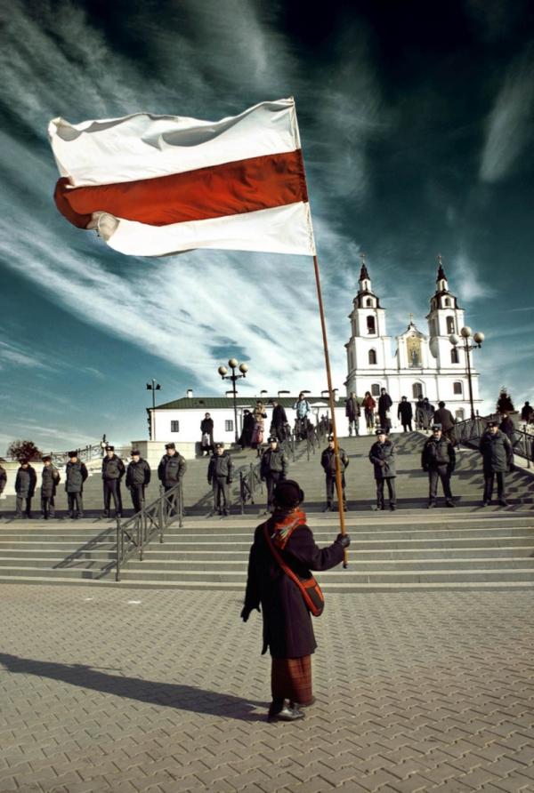 Nina Bahinskaja při jednom z pokojných protestů. Zdroj: Nina Bahinskaja