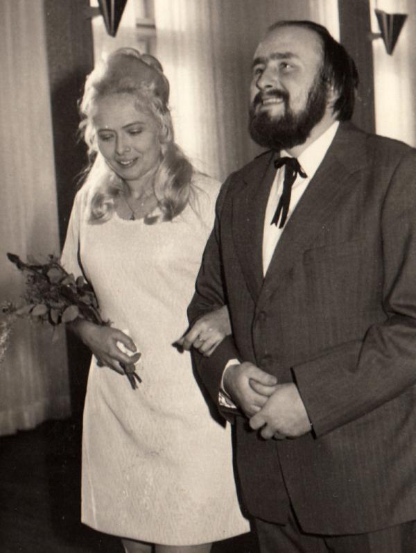 Svatba Antonína Bořka-Dohalského s Ivou Kotkovou v roce 1974.