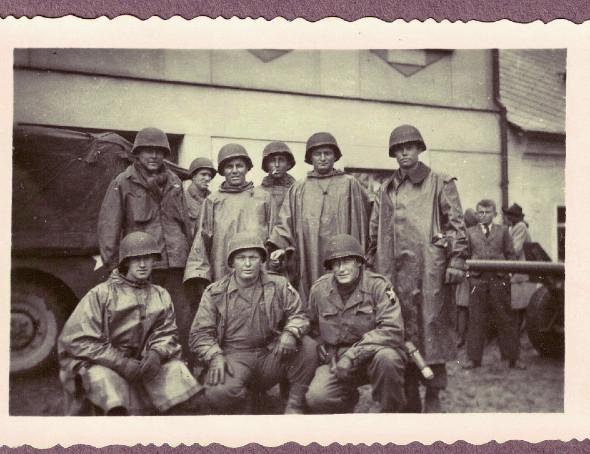 Američtí vojáci v Janovicích. Foto: Paměť národa
